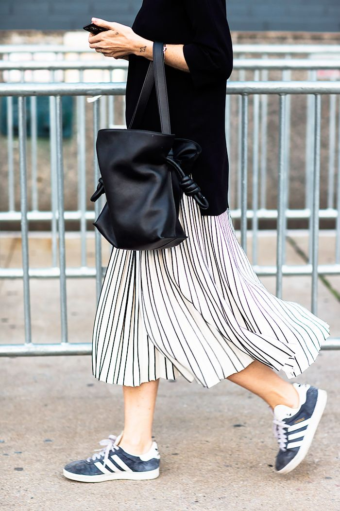 black street style stripes